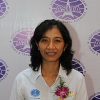 Sekretaris Pasar India - Ni Nyoman Sri Pramini